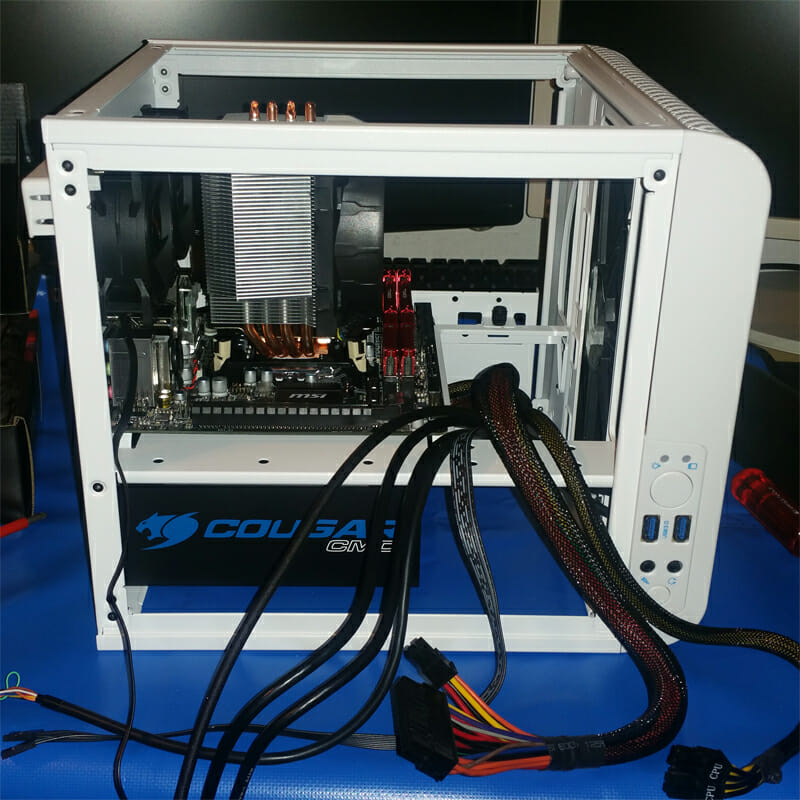 Mini ITX PC zusammenbauen Bild 3